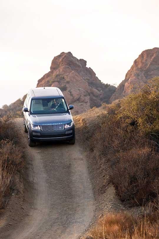 Range Rover Sport plug-in hybrid on trail