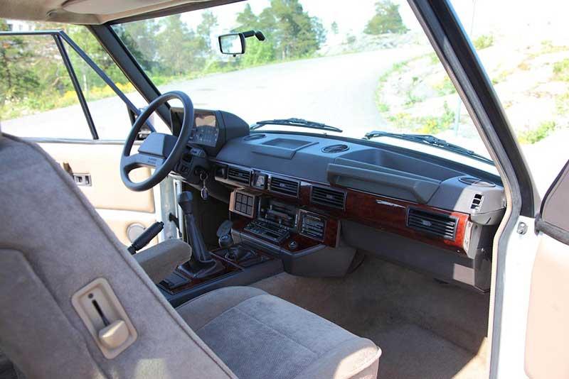 2-Door Range Rover Classic Interior Shot