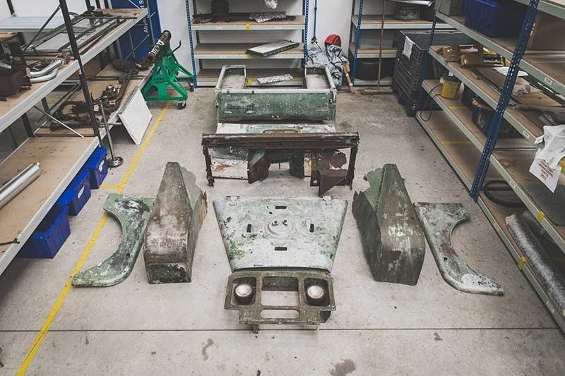 First Land Rover Series 1 Dissected
