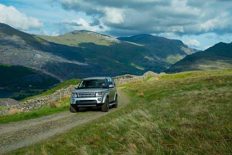 Land Rover LR4 Launch Photo