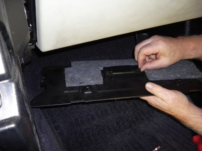 Disconnect the connector of the footwell lamp
