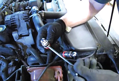 install battery terminal leads